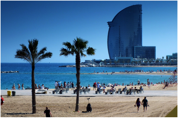 Barceloneta Beach          Flickr/CrashSunRay2013